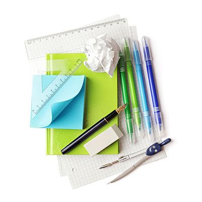 písacie potreby, potrebné pre výpočet miezd